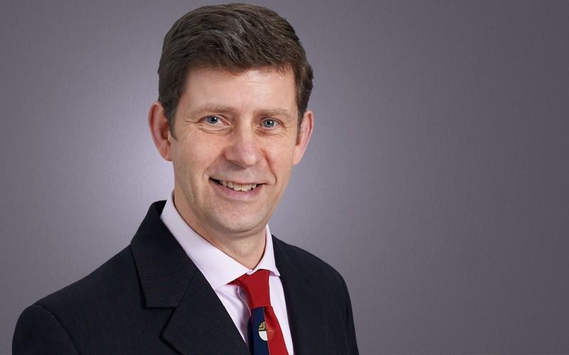 Robert Gair